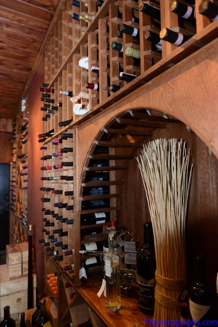 11-wine-tasting-cellar-picture